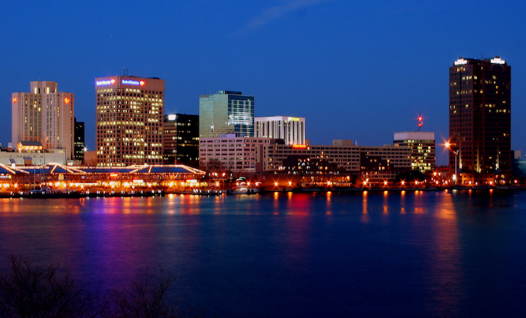 norfolk va waterfront at night